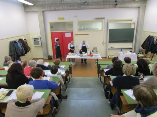 Corso di showcooking quando la cucina fa spettacolo - Liceo carlo porta erba ...