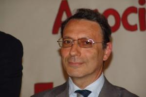 Il sindaco Cesare Valsecchi
