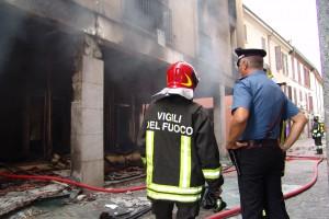 incendio negozio oggiono - 14 agosto 2013 (16)