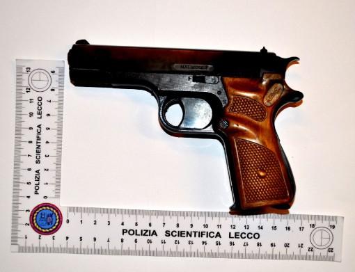 Pistola Giocattolo (1)