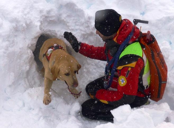 Livigno, una valanga uccide scialpinista