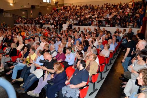 """Il pubblico che lo scorso anno gremì il """"De Andrè"""" per la prima edizione del Festival jazz """"Controcorrente"""""""