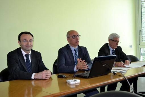Da sinistra, il referente per la provincia di Lecco dell'Agenzia per il imprese Fabrizio Pierpaoli, il presidente di Confartigianato Lecco Daniele Riva e il segretario generale, Vittorio Tonini.