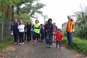 """Un momento della camminata, in collaborazione con il Charity Partner """"La Nostra Famiglia"""""""