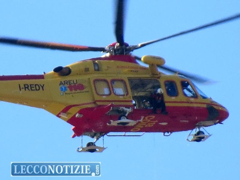 Elicottero Lecco : Grignetta alpinista precipita soccorso in elicottero