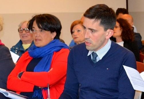 """Grazia Scurria, capogruppo di """"Casa Comune"""", e Riccardo Fasoli, sindaco di Mandello."""