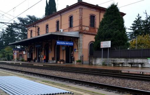La stazione ferroviaria di Mandello.