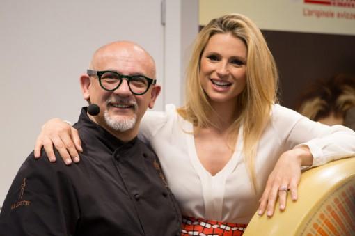 Lo chef Claudio Sadler con Michelle Hunziker.