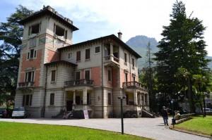 La Fondazione Ercole Carcano di Mandello, in via Statale.