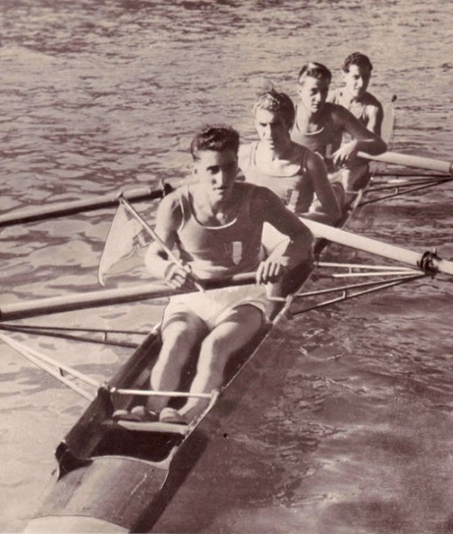 """Il """"quattro senza"""" della Canottieri Moto Guzzi campione olimpico a Londra nel 1948."""