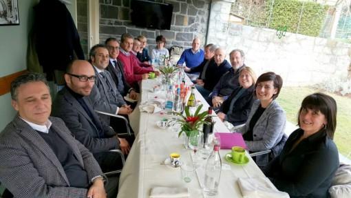 I partecipanti all'incontro che si è tenuto nel fine settimana a Bellagio.