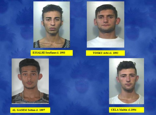 rapine giovani arrestati