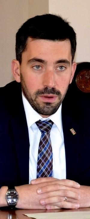 Il sindaco di Mandello, Riccardo Fasoli.