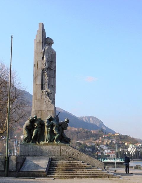 1604_monumento_caduti