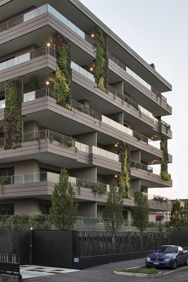 5708f8b2d662e_case history_Giardini Verticali