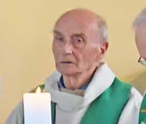 Padre Jacques Harmel (foto tratta da Il Fatto Quotidiano)