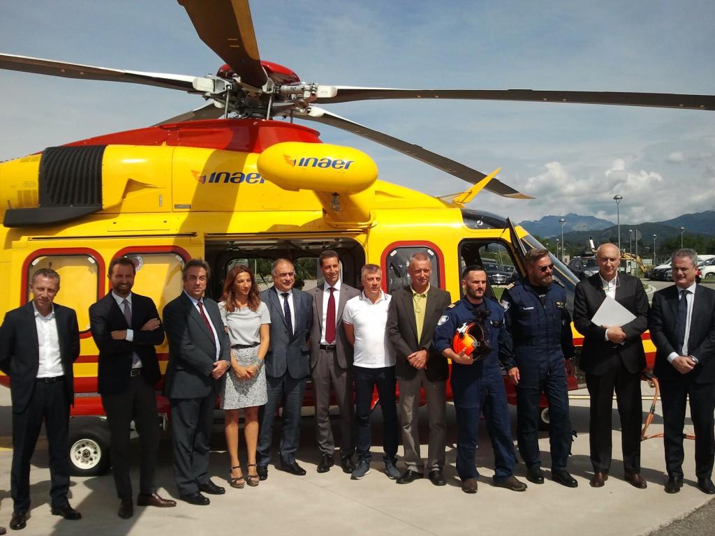 Elicottero Elisoccorso : Como anni di elisoccorso nuovo elicottero e quot occhi