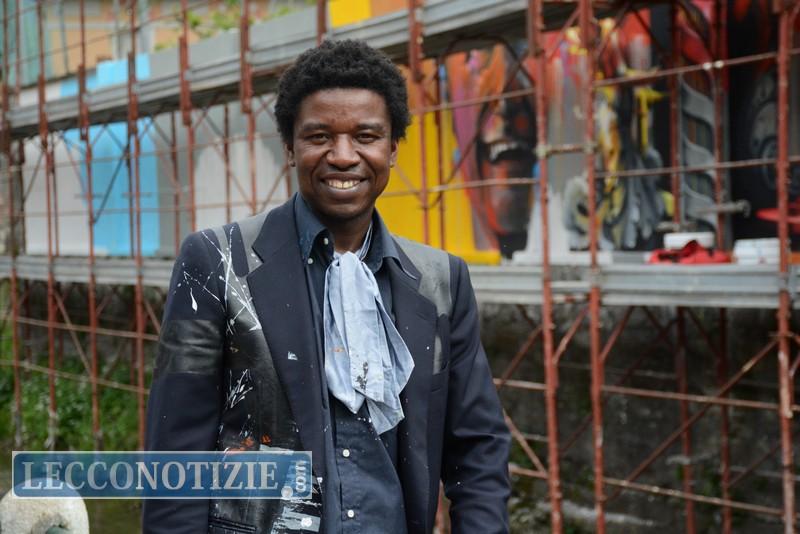 L 39 artista afran con un sorriso cambiamo volto a via - Liceo carlo porta erba ...