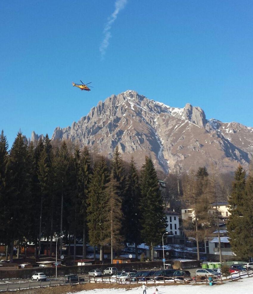 Alpinisti travolti da una valanga sulla Grignetta, a Lecco: due morti