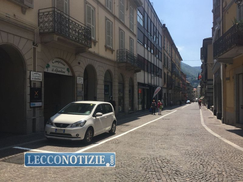 Dipingere Strisce Parcheggio : Spoletonline il giallo delle strisce gialle