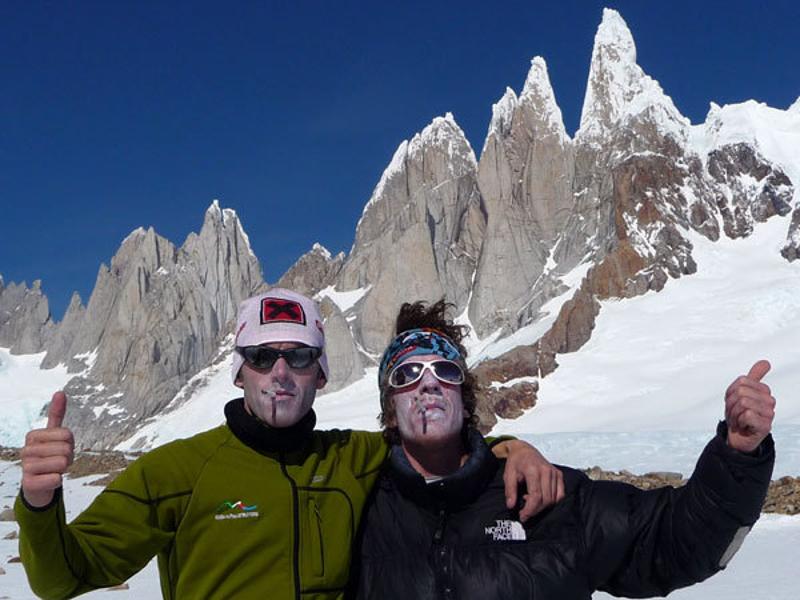 Fabio Salini e Matteo Bernasconi in vetta al Cerro Torre 800x600
